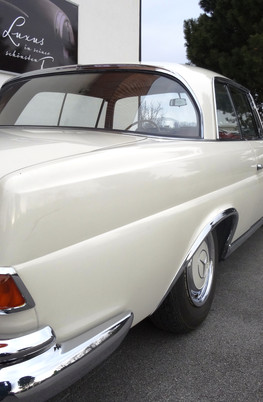 Mercedes 250SE Coupe
